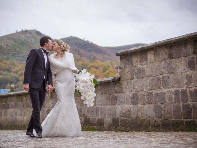Il matrimonio di Enzo e Elena a Limatola, Benevento 30