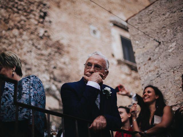 Il matrimonio di David e Alessia a Santo Stefano di Sessanio, L'Aquila 31