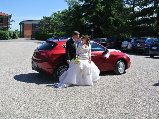 Il matrimonio di Luca e Francesca a Castel San Pietro Terme, Bologna 2