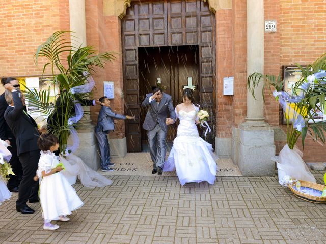 Il matrimonio di Luca e Francesca a Castel San Pietro Terme, Bologna 27