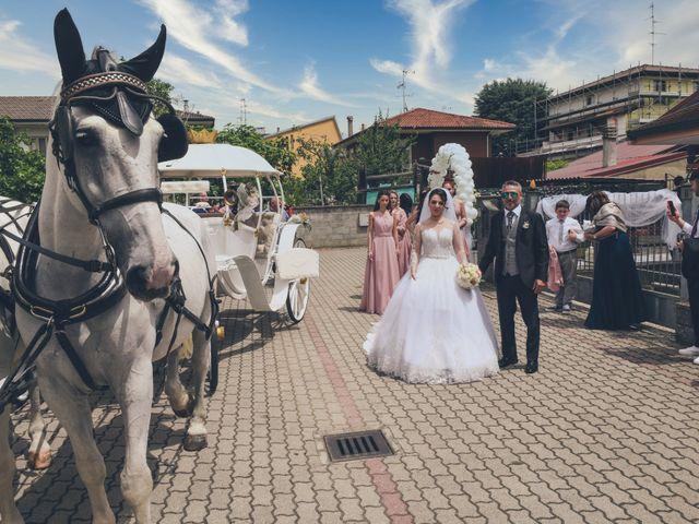 Il matrimonio di Tony e Noemi a Legnano, Milano 17