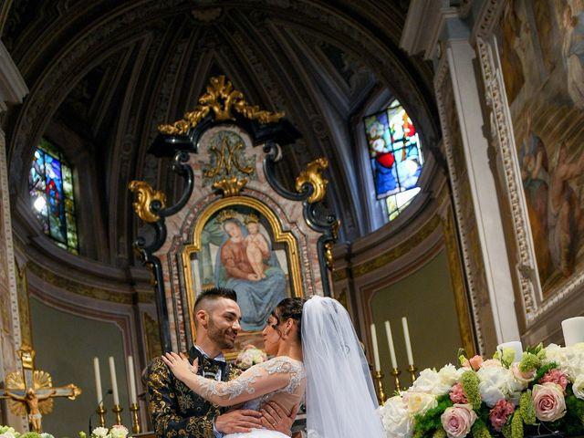 Il matrimonio di Tony e Noemi a Legnano, Milano 24