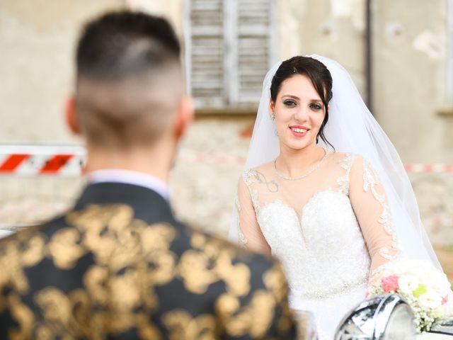 Il matrimonio di Tony e Noemi a Legnano, Milano 32