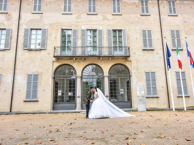 Il matrimonio di Tony e Noemi a Legnano, Milano 37