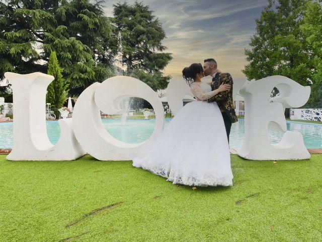 Il matrimonio di Tony e Noemi a Legnano, Milano 38