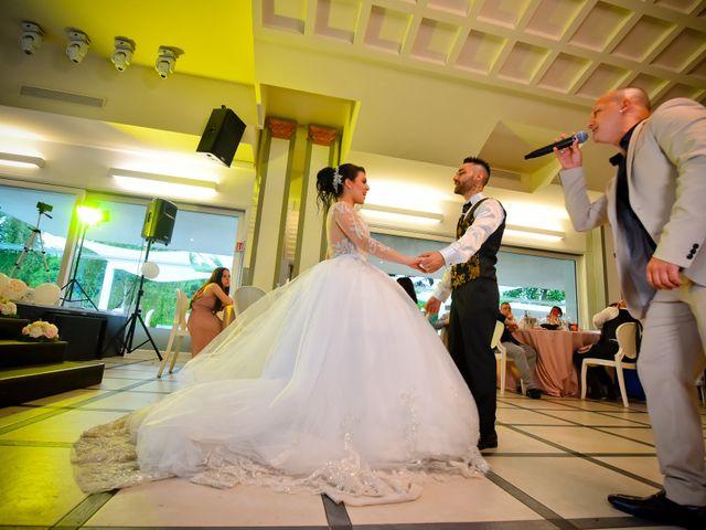 Il matrimonio di Tony e Noemi a Legnano, Milano 45