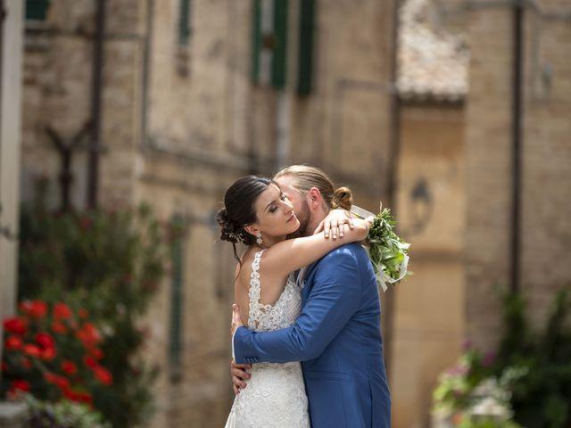 Il matrimonio di Robert e Giulia a Serra de' Conti, Ancona 63