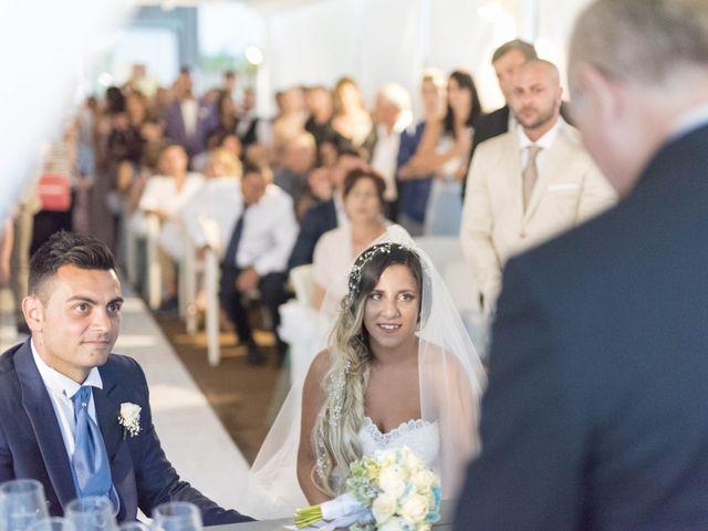 Il matrimonio di Carlo e Pamela a Viareggio, Lucca 25