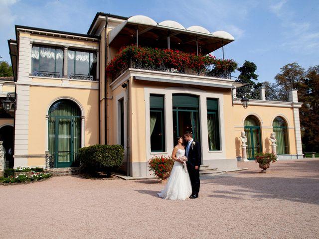 Il matrimonio di Davide e Monica a Lesmo, Monza e Brianza 36