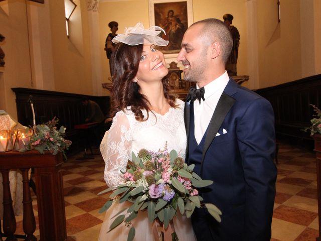 Il matrimonio di Davide e Alessandra a Casalbuttano ed Uniti, Cremona 16