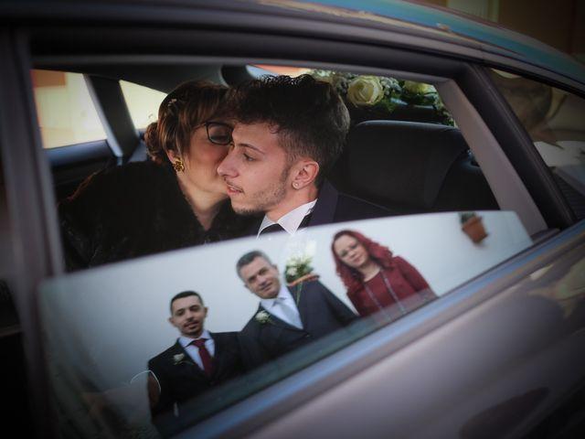 Il matrimonio di Giuseppe e Alessia a Rocca di Neto, Crotone 4