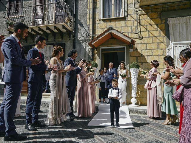 Il matrimonio di Debora e Angelo a Vallelunga Pratameno, Caltanissetta 58