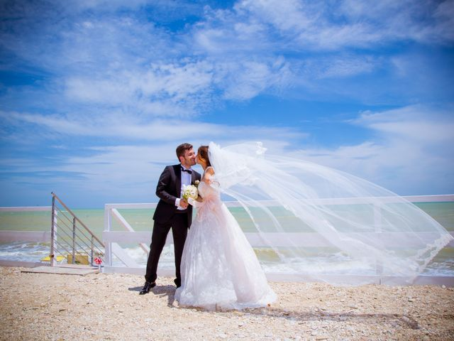 Il matrimonio di Fabio e Valentina a Rapagnano, Fermo 10