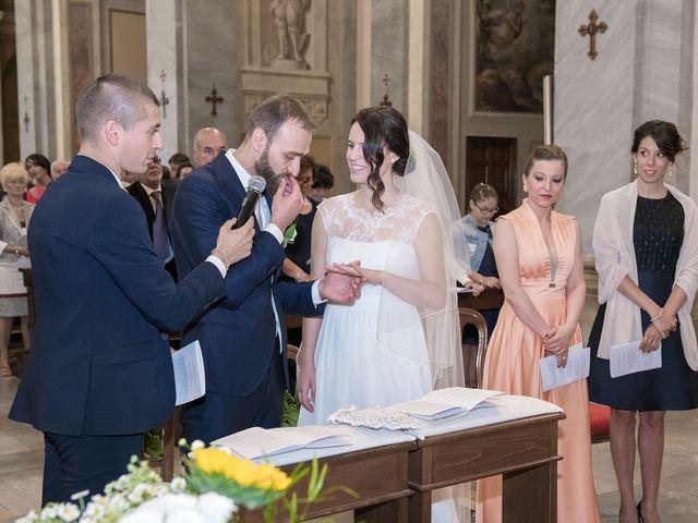 Il matrimonio di Paolo e Daniela a Carnago, Varese 12