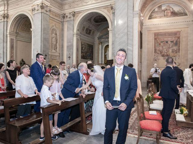 Il matrimonio di Paolo e Daniela a Carnago, Varese 13