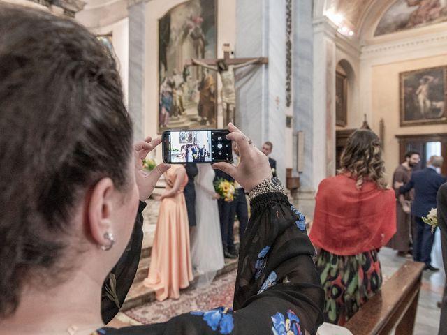 Il matrimonio di Paolo e Daniela a Carnago, Varese 15