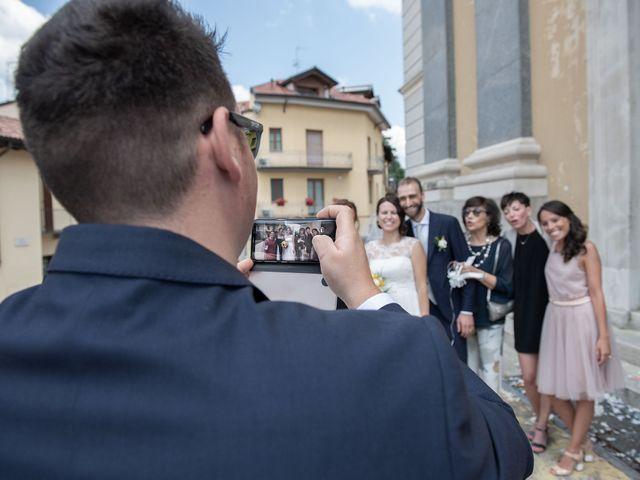 Il matrimonio di Paolo e Daniela a Carnago, Varese 19