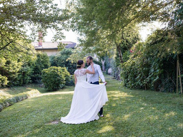 Il matrimonio di Paolo e Daniela a Carnago, Varese 38