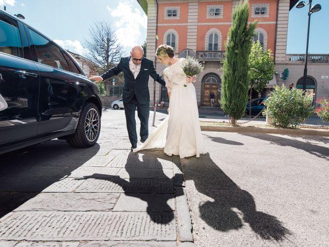 Il matrimonio di Saverio e Martina a Lucca, Lucca 14