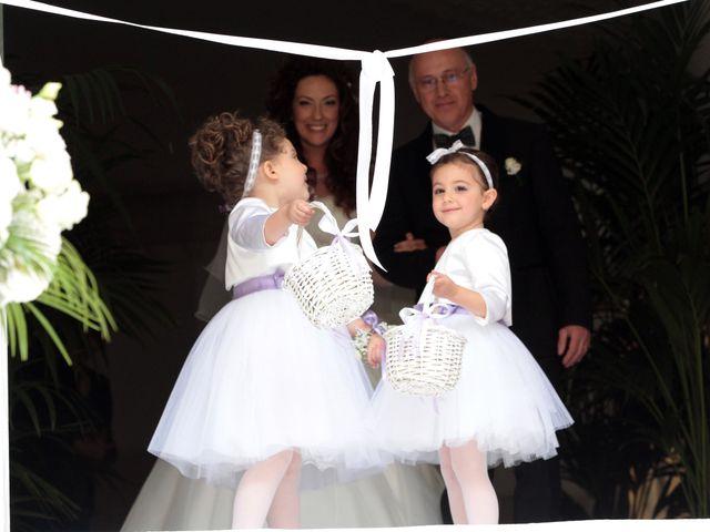 Il matrimonio di Valeria e Raffaele a Portici, Napoli 15