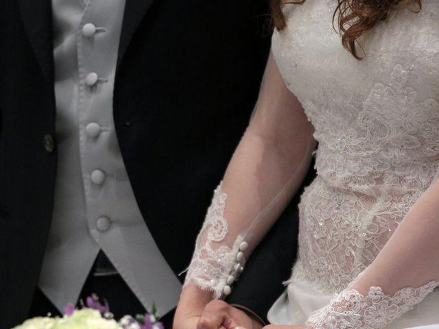 Il matrimonio di Valeria e Raffaele a Portici, Napoli 17