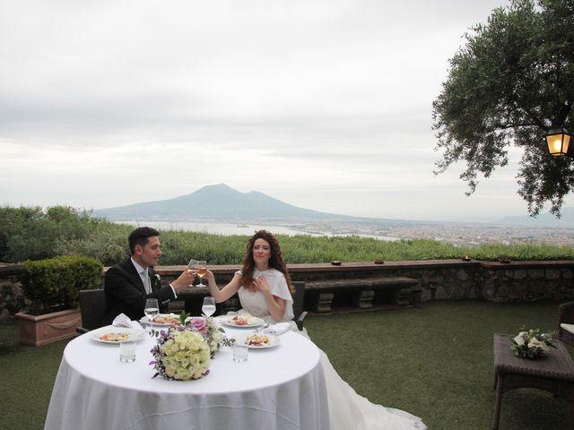 Il matrimonio di Valeria e Raffaele a Portici, Napoli 24