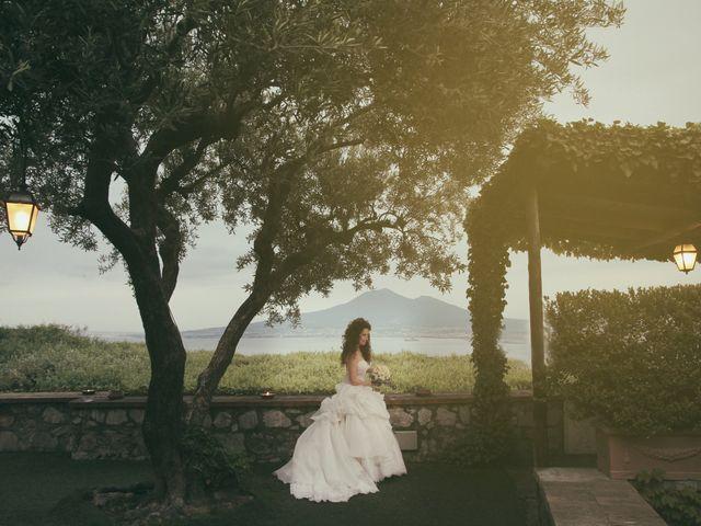 Il matrimonio di Valeria e Raffaele a Portici, Napoli 27