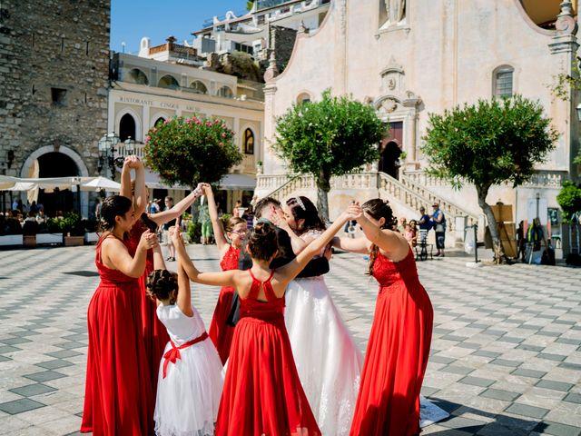 Il matrimonio di Carmelo e Maria a Taormina, Messina 24