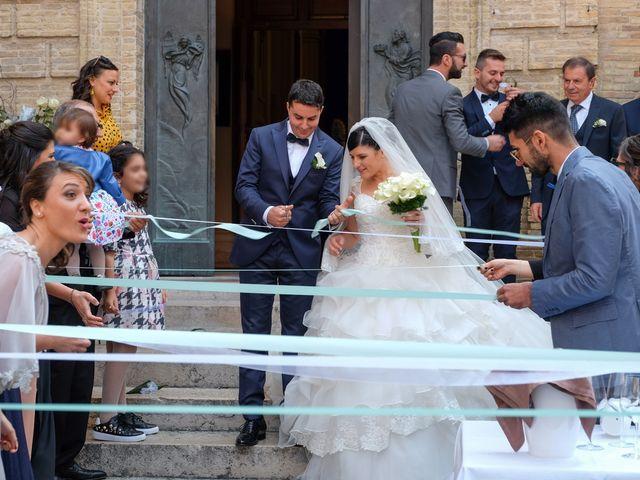 Il matrimonio di Stefano e Lucia a Vasto, Chieti 39