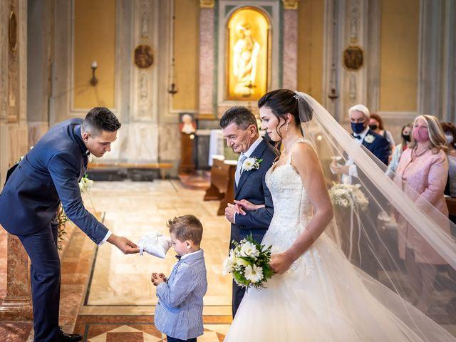 Il matrimonio di Andrea e Valentina a Rovato, Brescia 12