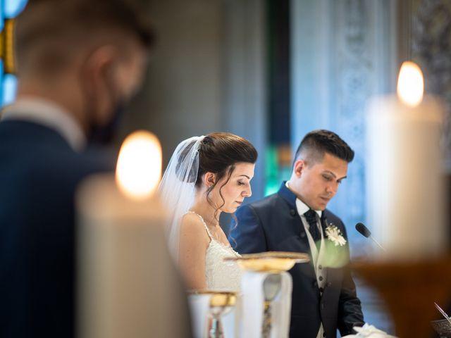 Il matrimonio di Andrea e Valentina a Rovato, Brescia 17