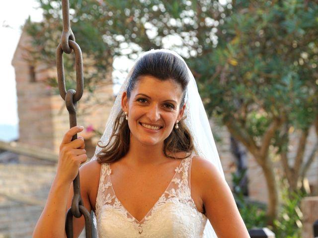 Il matrimonio di Michele e Elisa a Gradara, Pesaro - Urbino 16