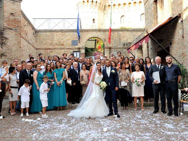 Il matrimonio di Michele e Elisa a Gradara, Pesaro - Urbino 9