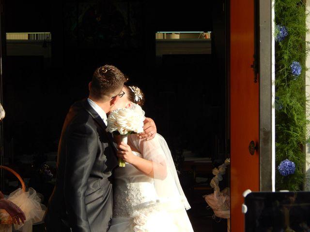 Il matrimonio di Simone e Chiara a Massa, Massa Carrara 13