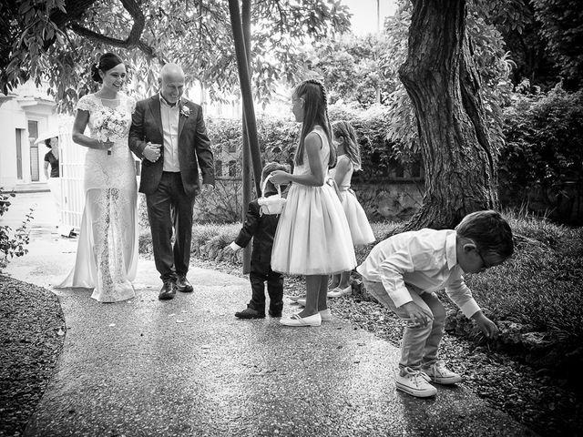 Il matrimonio di Filippo e Giulia a Viareggio, Lucca 19