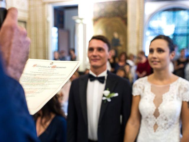 Il matrimonio di Filippo e Giulia a Viareggio, Lucca 27
