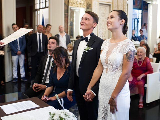 Il matrimonio di Filippo e Giulia a Viareggio, Lucca 29