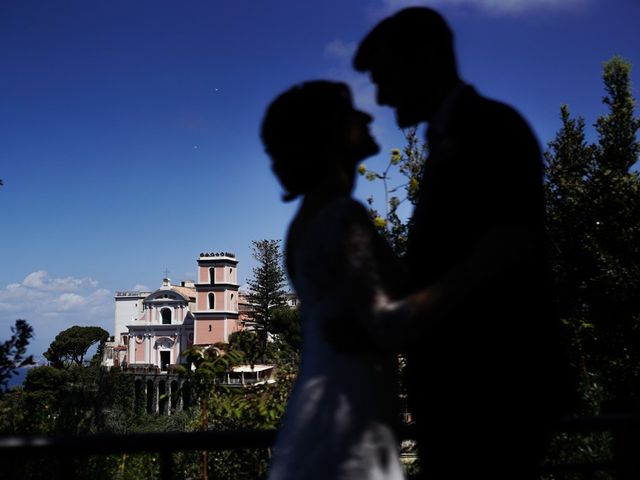 Il matrimonio di Ernesto e Valentina a Castellammare di Stabia, Napoli 1