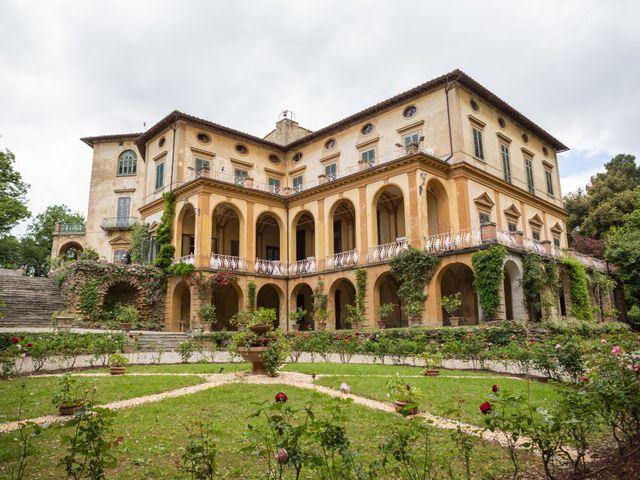 Il matrimonio di Cristiano e Chiara a Borgo San Lorenzo, Firenze 39