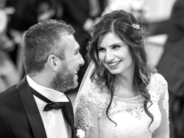 Il matrimonio di Umberto e Jenny a Guardia Sanframondi, Benevento 16