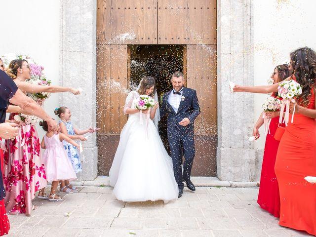 Il matrimonio di Umberto e Jenny a Guardia Sanframondi, Benevento 33