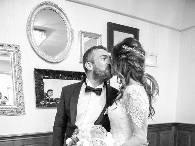 Il matrimonio di Umberto e Jenny a Guardia Sanframondi, Benevento 37