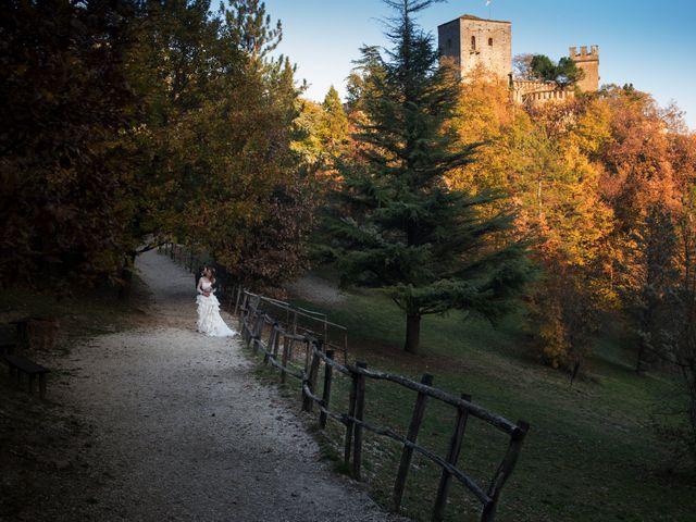 Il matrimonio di Andrea e Valeria a Gropparello, Piacenza 30