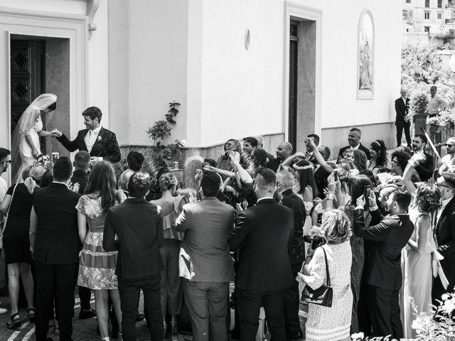 Il matrimonio di Giovanni e Caterina a Castellammare di Stabia, Napoli 31