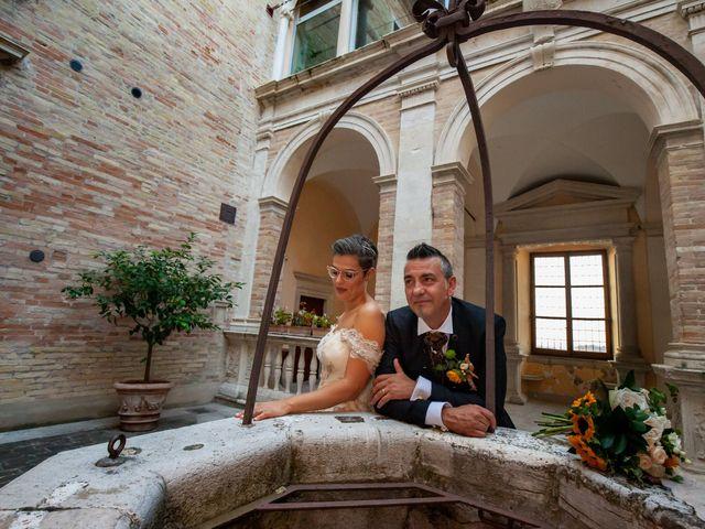 Il matrimonio di Maria e Antonio a Fermo, Fermo 17