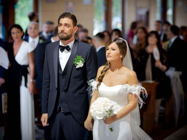 Il matrimonio di Filippo e Delia a Triggiano, Bari 17