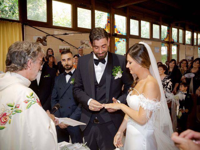 Il matrimonio di Filippo e Delia a Triggiano, Bari 28