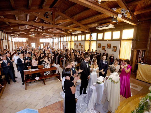 Il matrimonio di Filippo e Delia a Triggiano, Bari 29