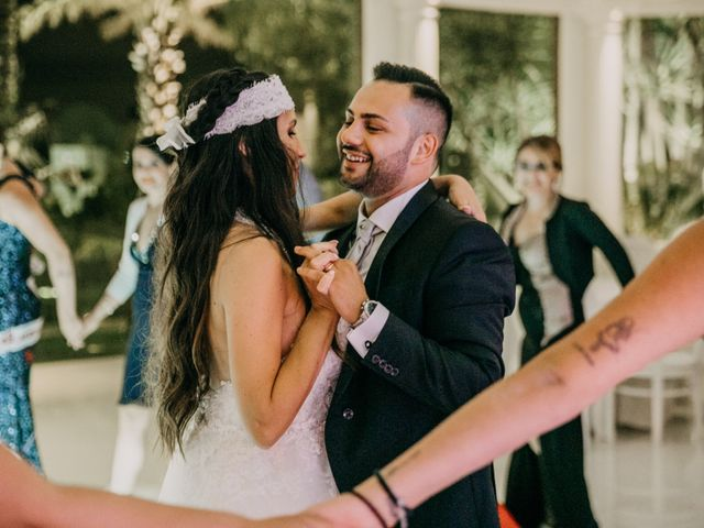 Il matrimonio di Vincenzo e Laura a Gela, Caltanissetta 24