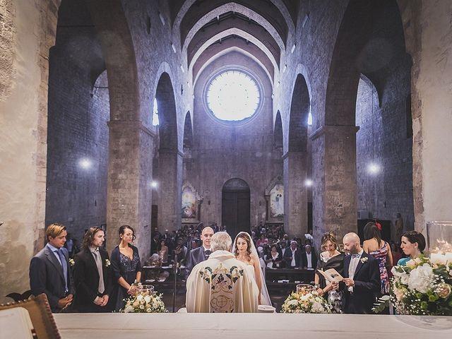 Il matrimonio di Ivan e Sara a Torgiano, Perugia 17